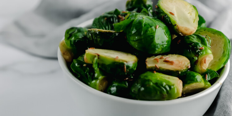 HOW TO COOK BRUSSELS SPROUTS + TANGY RECIPE