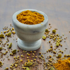 EASY VEGAN HOMEMADE CURRY POWDER RECIPE